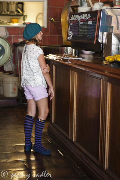 purple-stripe-socks1