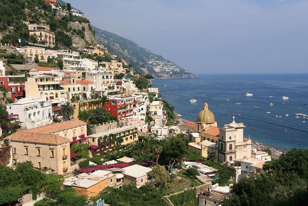 Positano, Amalfi Coast, Italy, photo wikimediaCC | Adventuresofacarryon.com