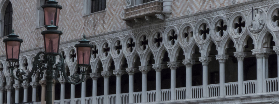 Context Travel: Venice and the East