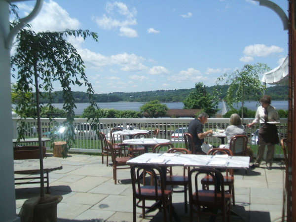 The rhinecliff: Rooms with a view on the Hudson River, New York