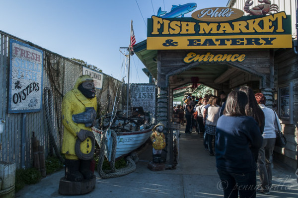 exterior of Phil's Fish Market California