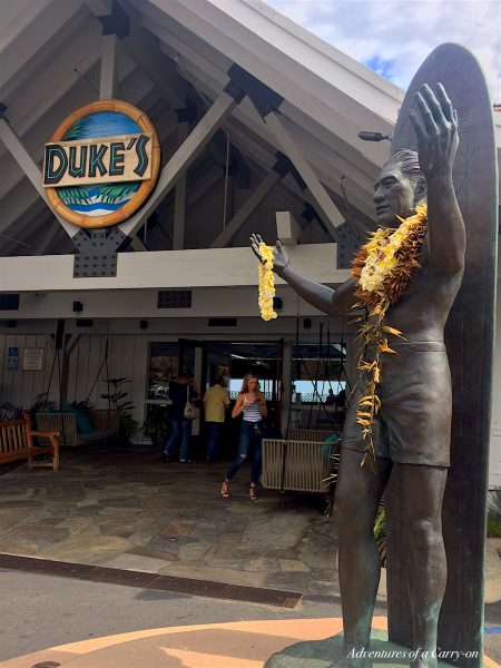 Duke's, what to do in Malibu